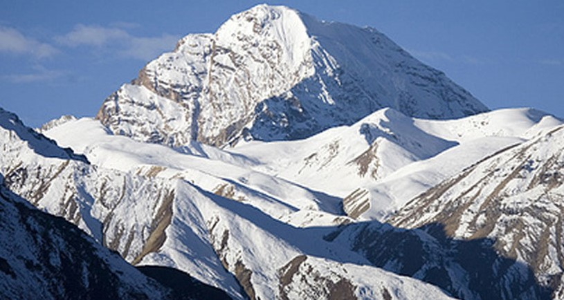 api himal expedition in nepal